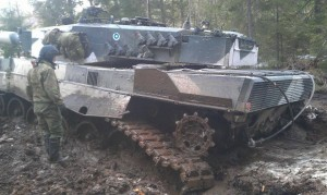 Leopard 2A4 De-tracked