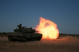 Leopard 2A4 Test Firing