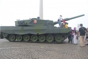 Indonesian Leopard 2A4